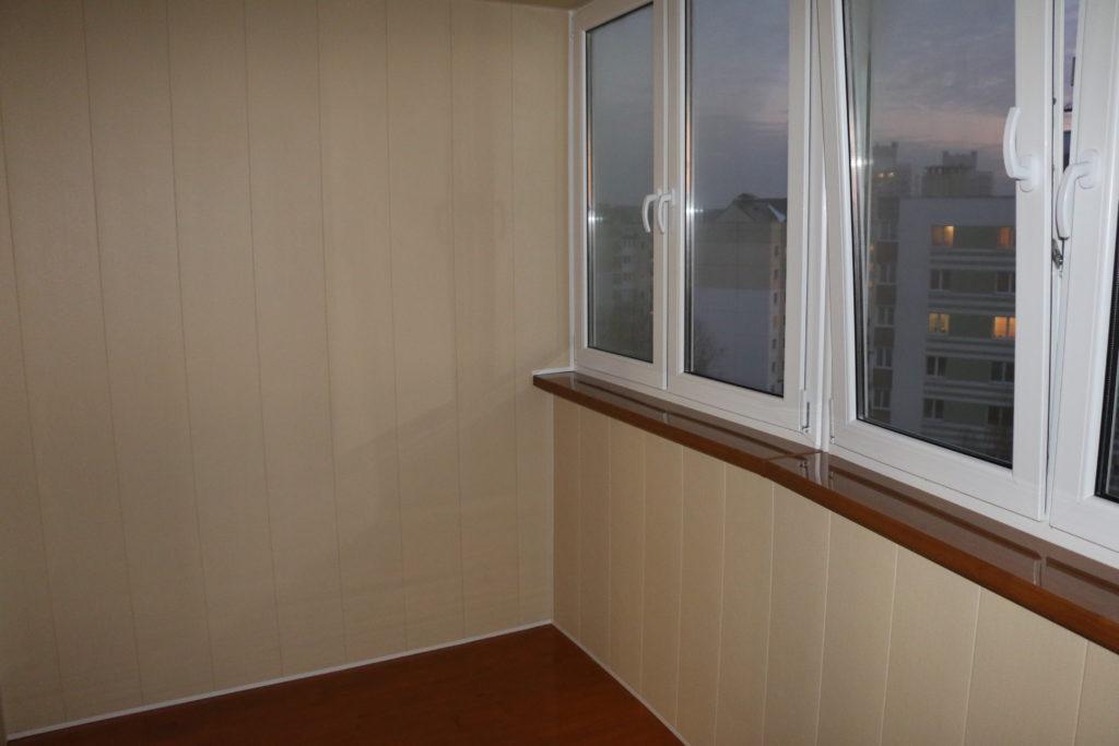 Отделка балкона ПВХ 7